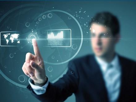 Stipendi, stress, carriera informatici, programmatori, professionisti ICT 2015