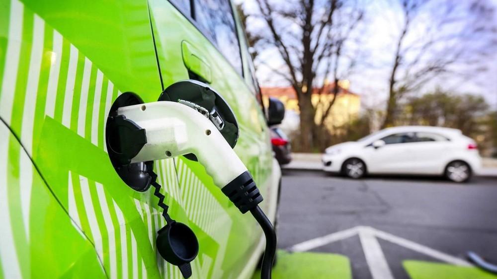 Mobilità elettrica con Acea Energia